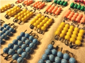 table-pythagore-perles-montessori-3-papachapito